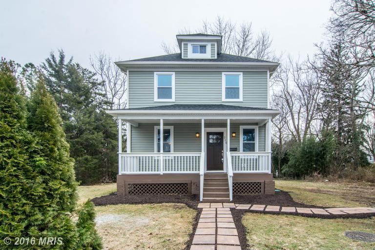 215 Clarendon Ave, Pikesville, MD