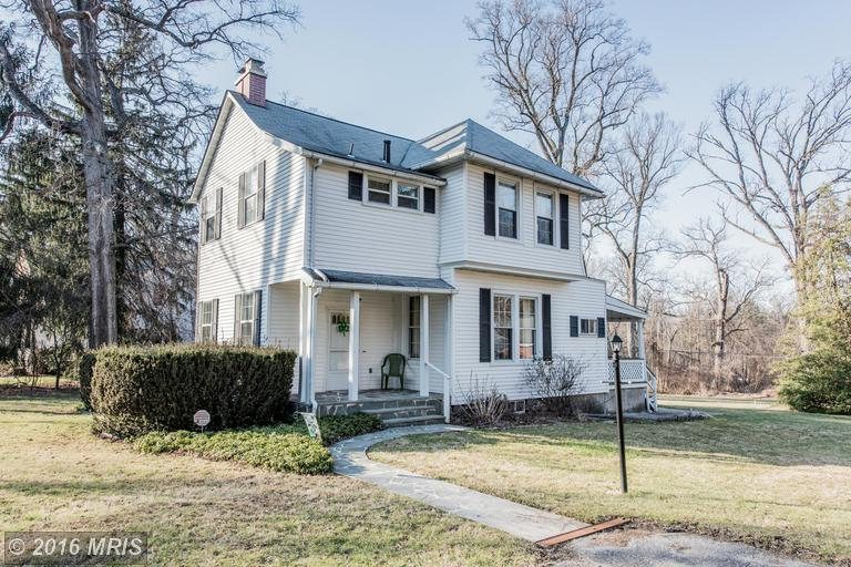 1020 Windsor Rd, Pikesville, MD