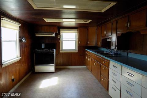 1826 Freeland Rd, Freeland, MD 21053