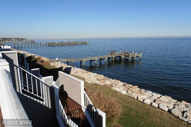 8337 Bay Crest Ct, Chesapeake Beach MD 20732