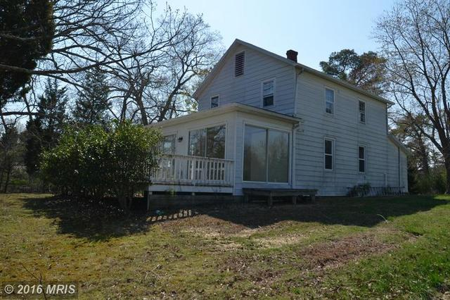 607 Twin Cove Ln, Dowell MD 20629