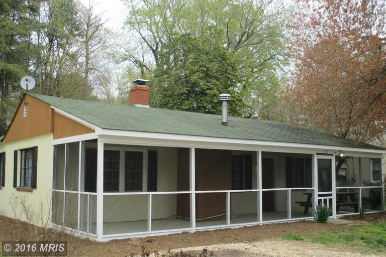 324 Overlook Dr, Lusby, MD