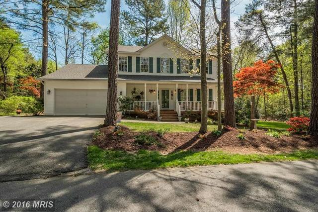 142 Brooks Cove Dr Lusby, MD 20657