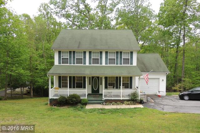 471 Comstock Dr, Lusby MD 20657