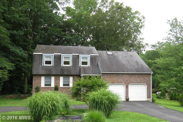 9 Colonial Cir, North East, MD