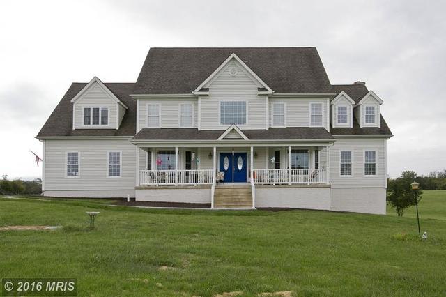 44 Stone Hill Ln, Berryville, VA 22611