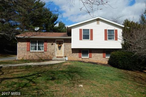 1043 Fowler Rd, Westminster, MD 21157