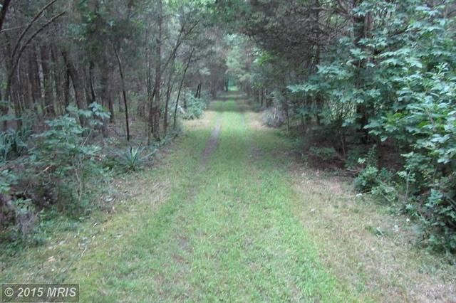 18491 Clay Hill Rd, Stevensburg, VA 22741