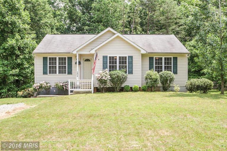 204 Village Ct, Ruther Glen, VA
