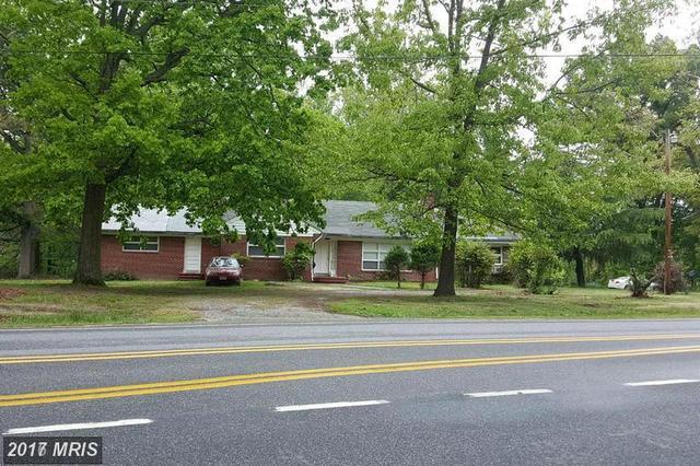 15478 Rogers Clark Blvd, Bowling Green, VA 22427