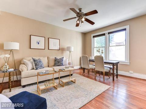1820 Clydesdale Pl NW #205Washington, DC 20009