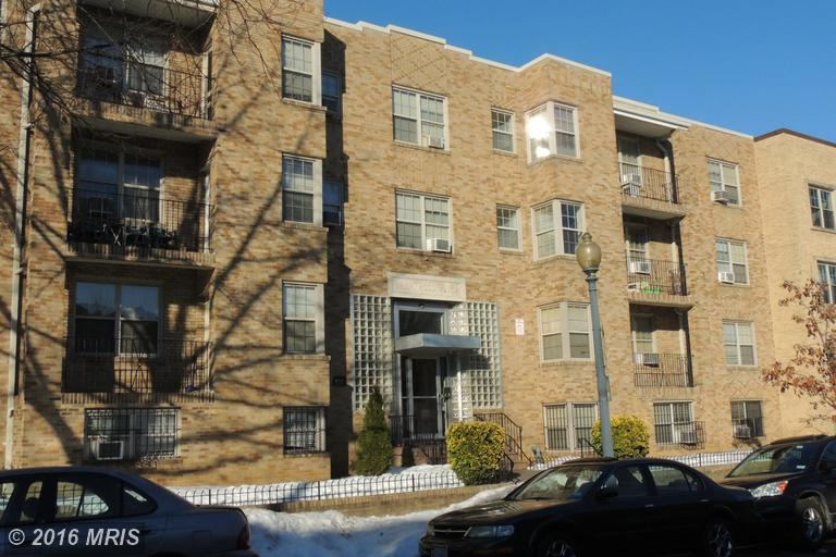 939 Longfellow St #APT 208, Washington, DC