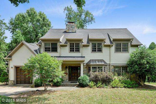609 Oak St S, Falls Church, VA 22046