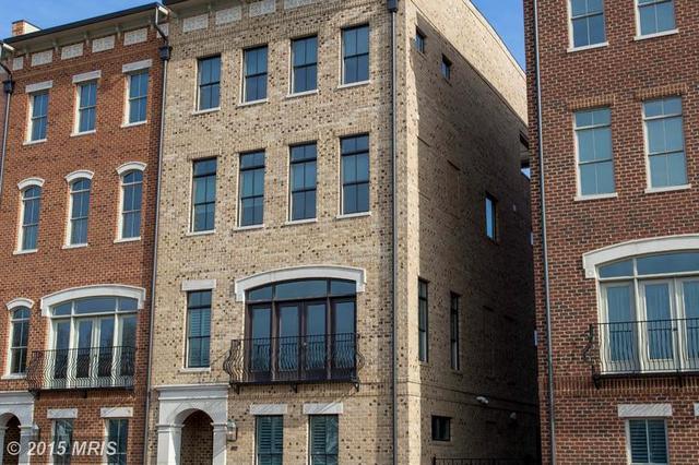 1087 Winchester St, Fredericksburg, VA 22401