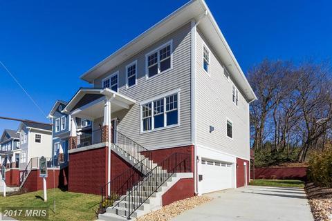 225 Charles St, Fredericksburg, VA 22401