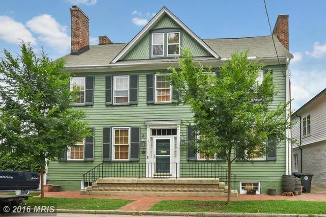 211 Caroline St, Fredericksburg, VA 22401
