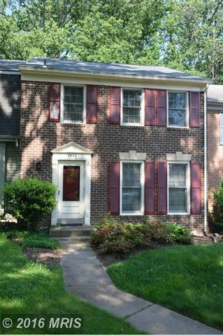 3945 Wilcoxson Dr, Fairfax, VA