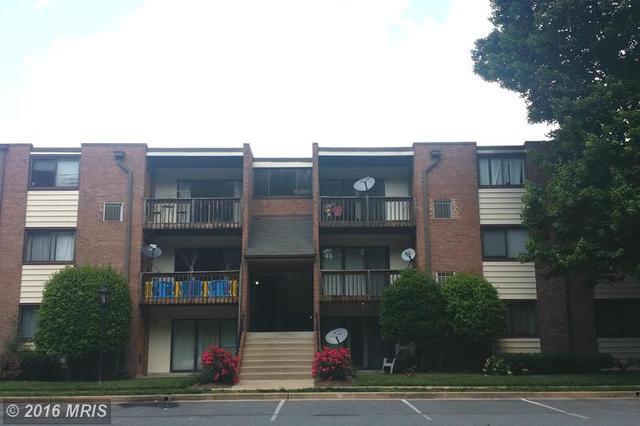 10722 West Dr #204, Fairfax, VA 22030
