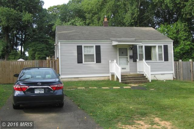 10823 Crest St, Fairfax, VA 22030
