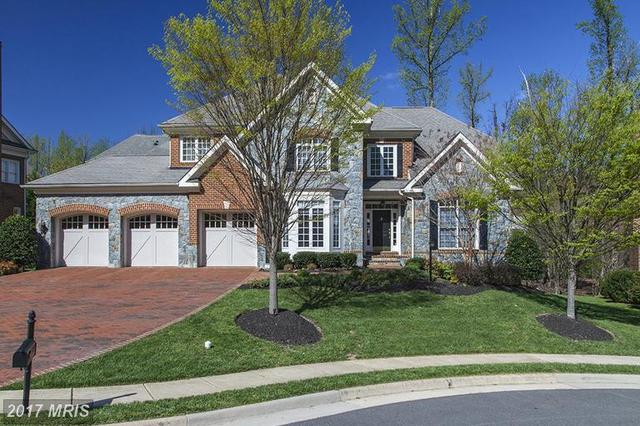 3554 Early Woodland Pl, Fairfax, VA 22031