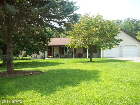 1043 Black Gap Rd, Fayetteville, PA 17222
