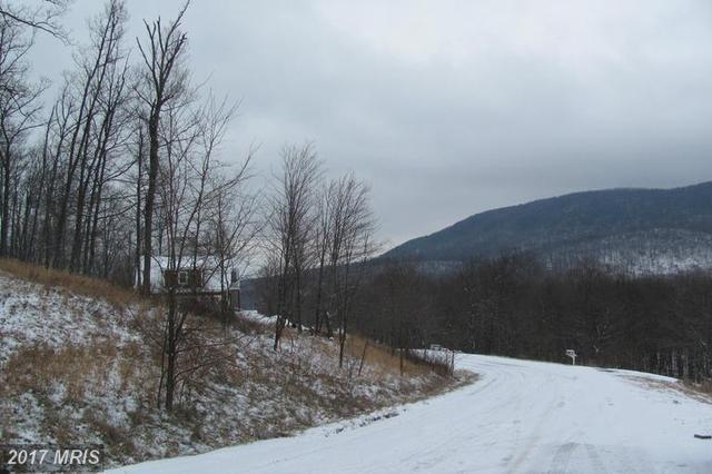 Mountainside Drive, Mercersburg, PA 17236