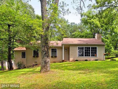 5439 Hillside Farm Ln, The Plains, VA 20198