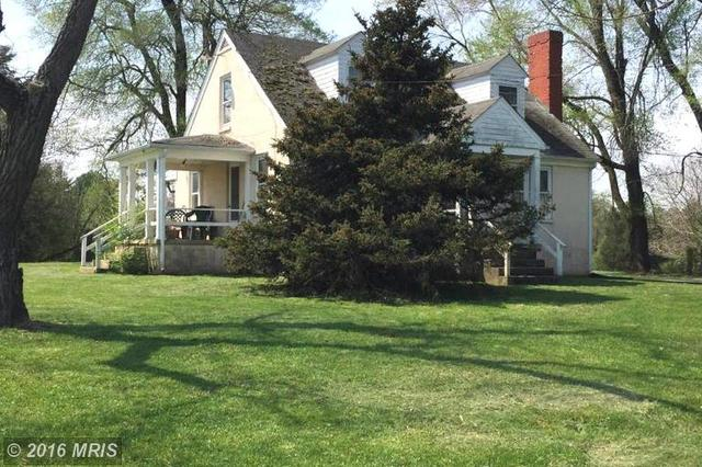4528 Grove Ln, Marshall, VA 20115