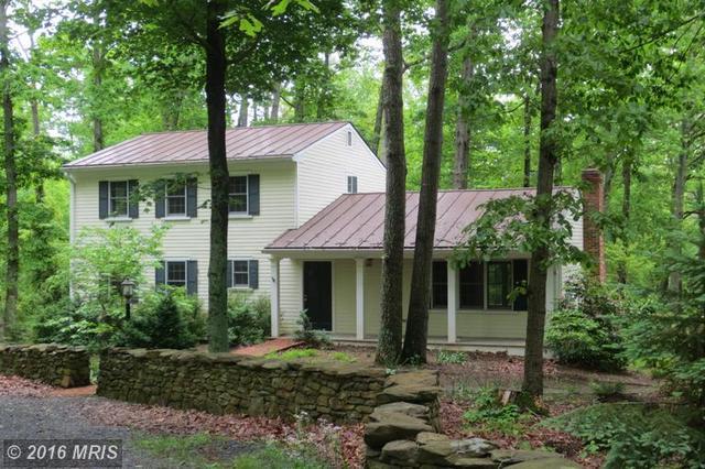 10142 Cliff Mills Rd, Marshall, VA 20115