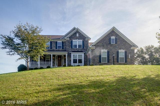 8064 Side Hill Dr, Warrenton, VA 20187