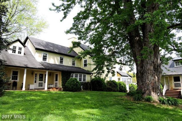 4517 Winchester Rd, Marshall, VA 20115