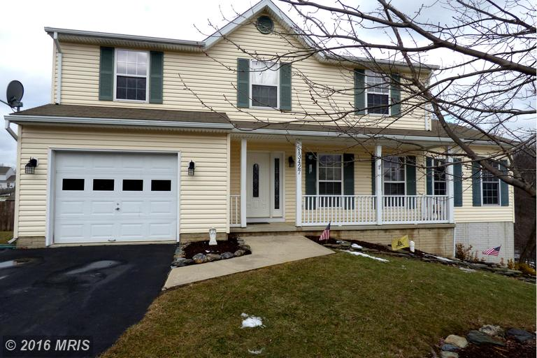 13427 Autumn Crest Dr, Mount Airy, MD