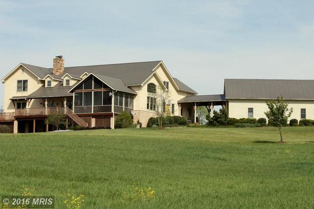 216 Marsh Brook Ln, Middletown, VA 22645