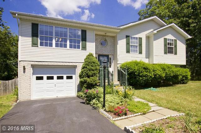 138 Charlton Rd, Winchester, VA 22602