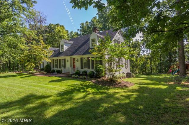 283 Woodside Ln, Winchester, VA 22603