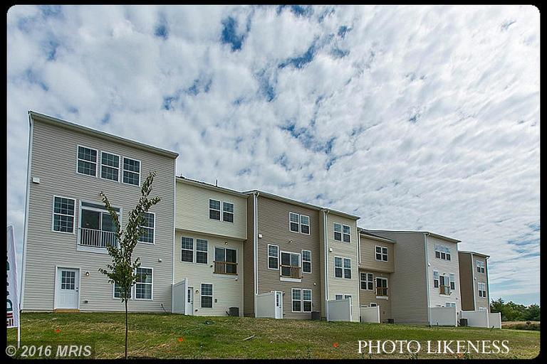 166 Schramm Loop, Stephens City, VA 22655