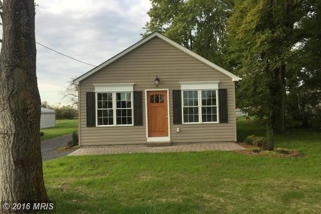 654 Old Charles Town Rd, Stephenson, VA 22656