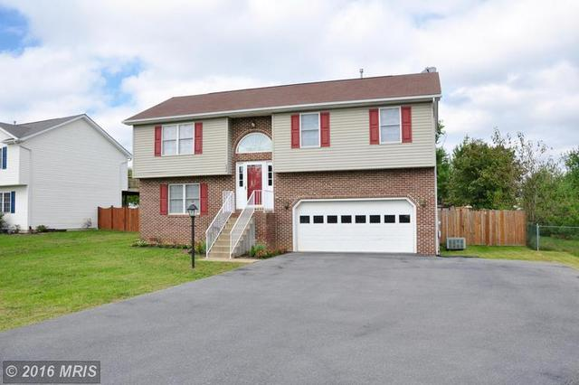 204 Fairfax Dr, Stephens City, VA 22655