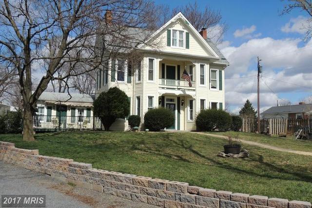 1711 Senseny Rd, Winchester, VA 22602