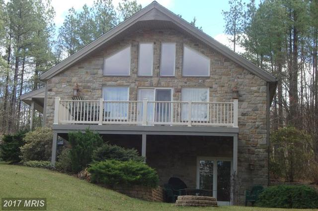 8473 Northwestern Pike, Gore, VA 22637