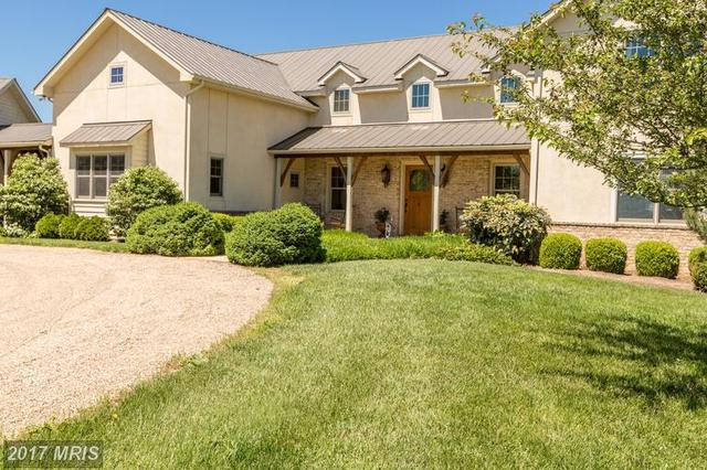 216 Marsh Brook Ln, Middletown, VA 22645