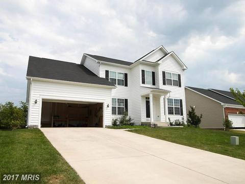 110 Hanoverian Ct, Stephens City, VA 22655