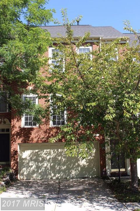 8429 Chaucer House CtLorton, VA 22079