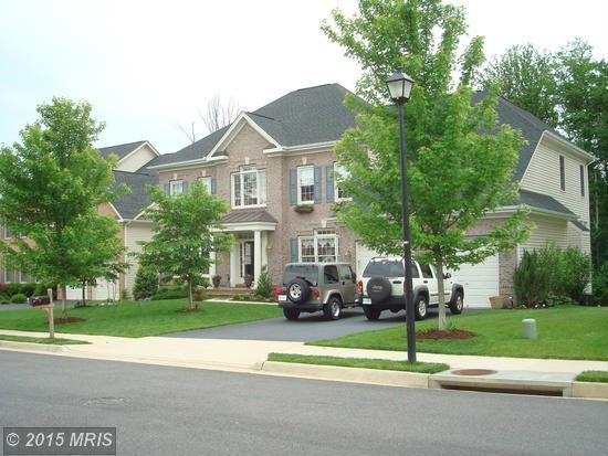 8046 Winstead Manor Ln, Lorton, VA