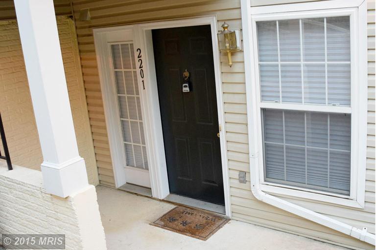 6607 Thackwell Way #APT 2201, Alexandria, VA