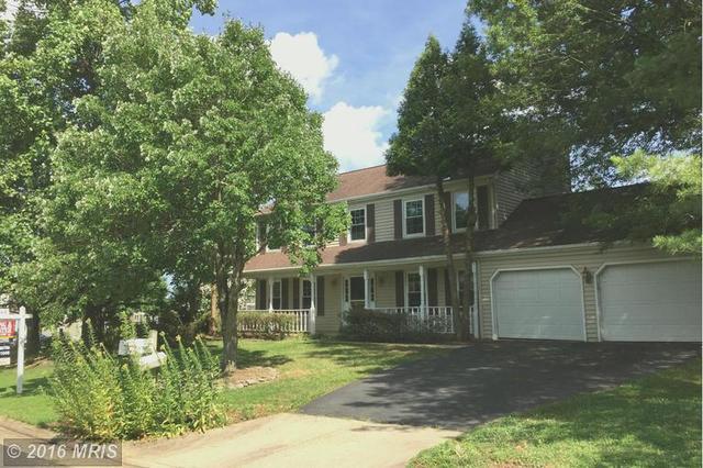 14521 Oak Cluster Dr, Centreville, VA 20120