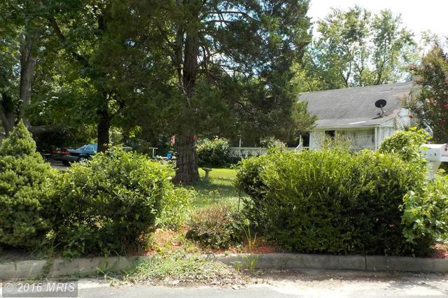 2605 Groveton St, Alexandria, VA 22306