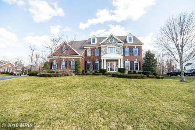 5803 Ridings Manor Pl, Centreville, VA 20120