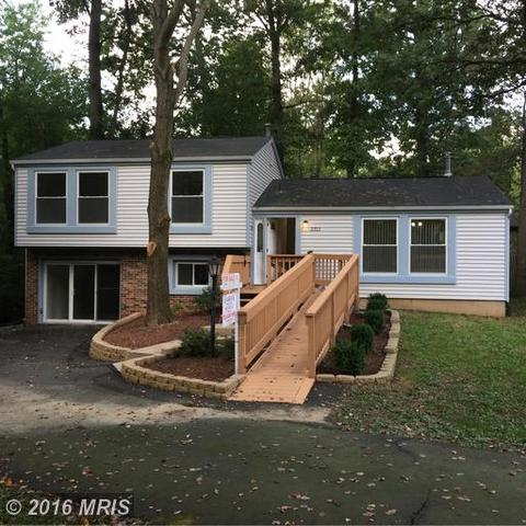 2312 Whitetail Ct, Reston, VA 20191