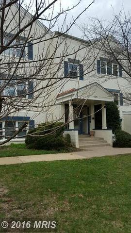 6176 Greenwood Dr #2, Falls Church, VA 22044